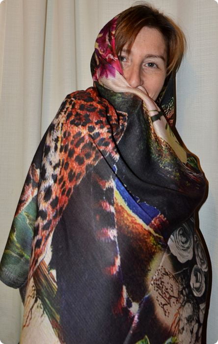 VIS #906 medium size modal shawl with digital print